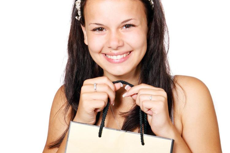 Frauen treffen kaufentscheidungen Marketing + Vertrieb, Kompakt-Dossier: Zielgruppe Frauen,